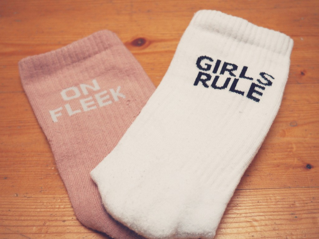 Socken_on_fleek_girlgang