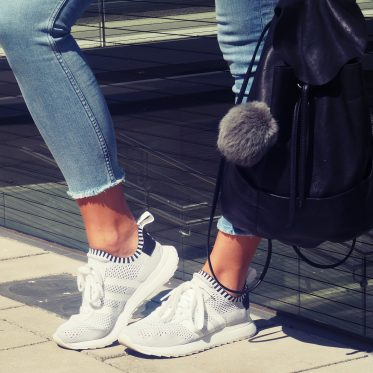 Outfit // Sneakerliebe
