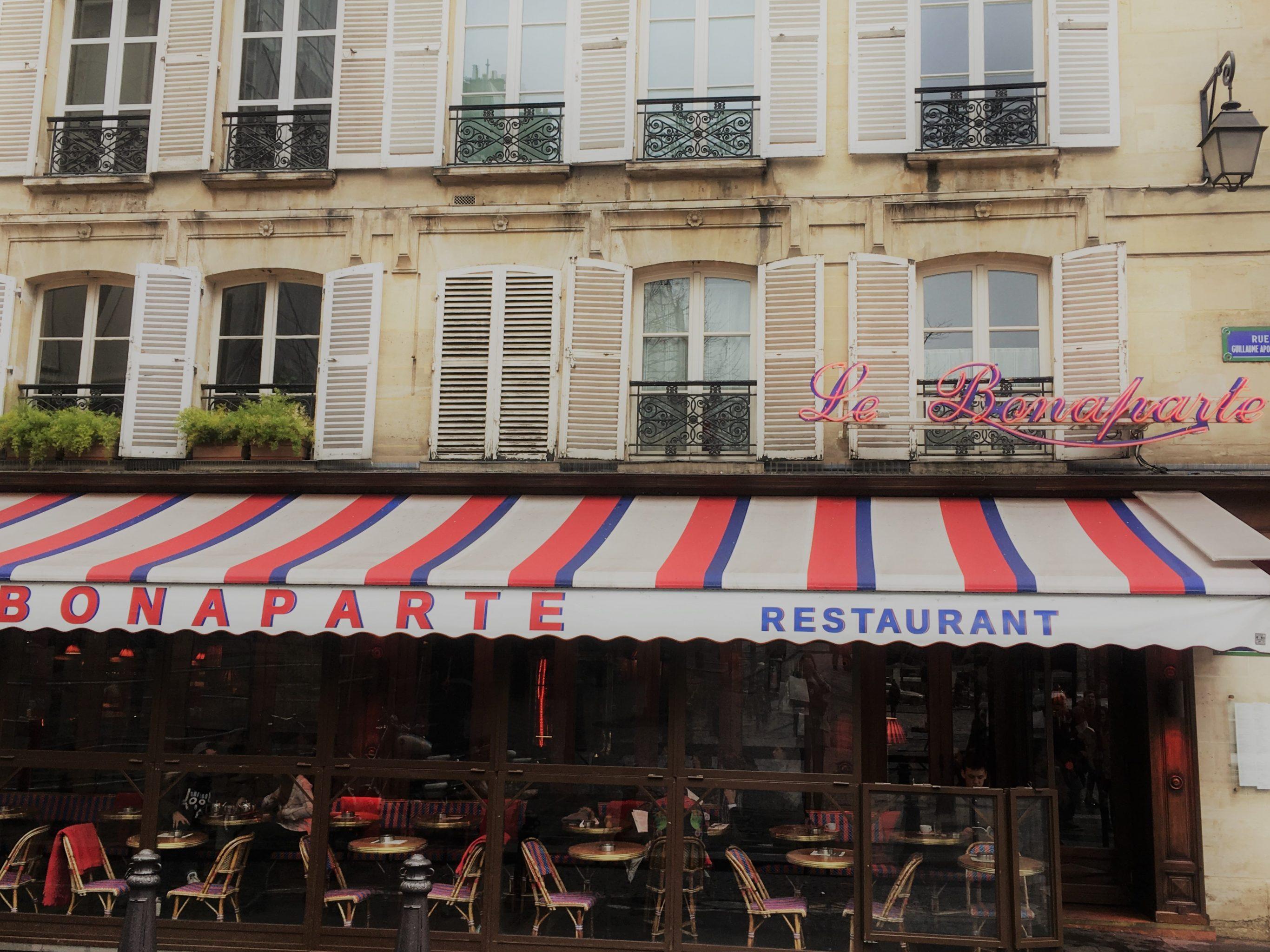 Paris Fassade Le Bonaparte