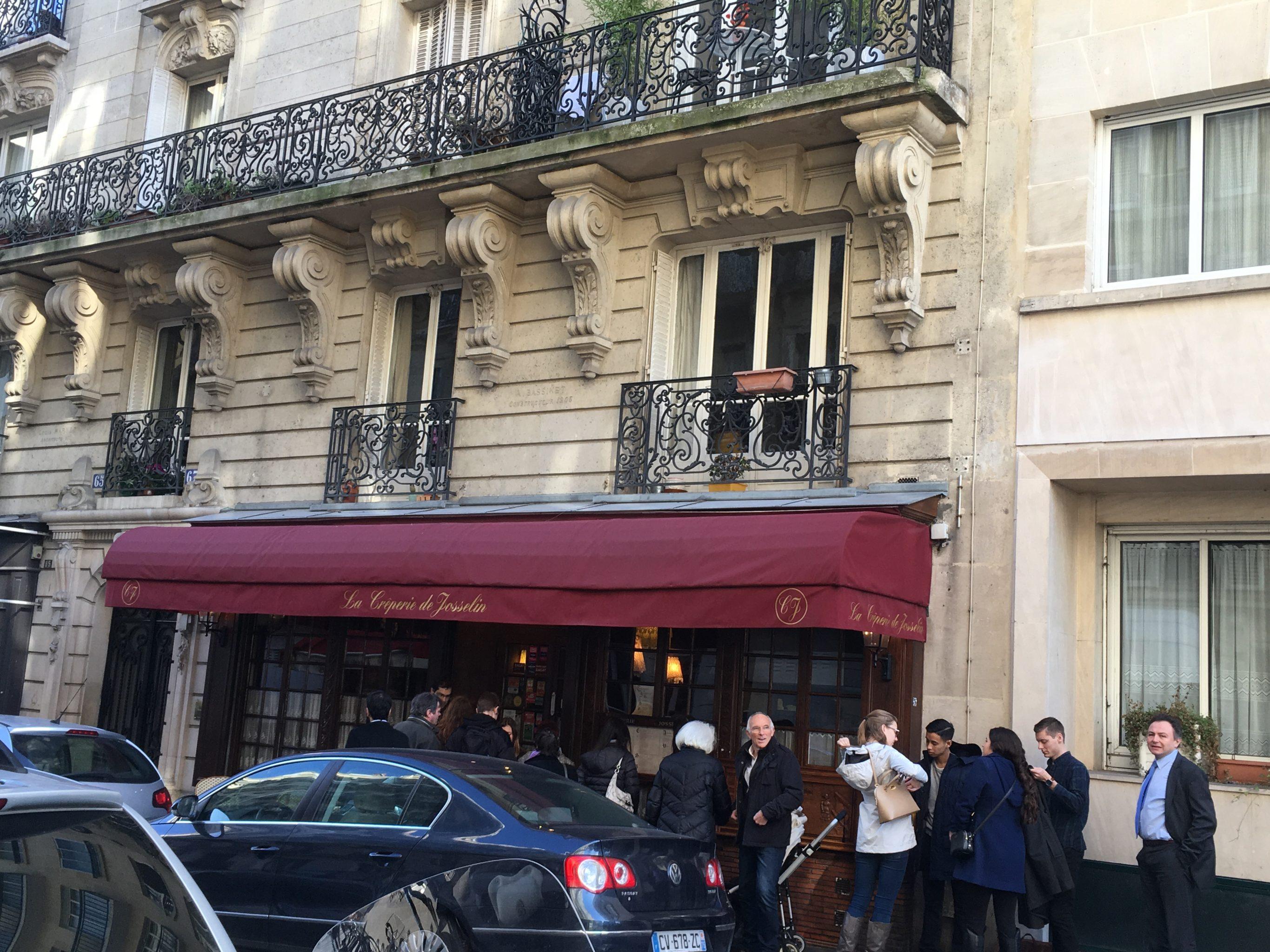 Paris Food La Crêperie de Josselin Menschenmenge